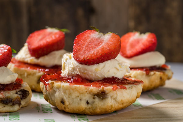 summertime scones with strawberry